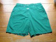 Shorts Bermuda grün Gr 38