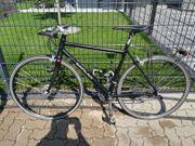 Fahrrad City-Rad aus umgebautem Rennrad
