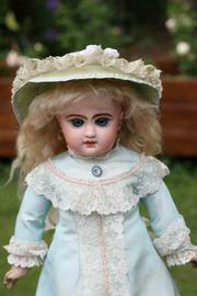 Outstanding Jumeau doll by Emile