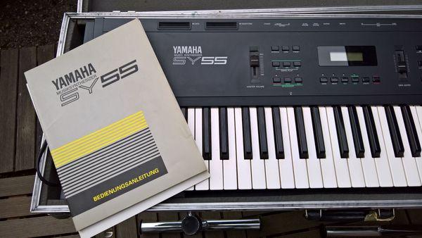 Vintage Yamaha Kult SY55 Synthesizer