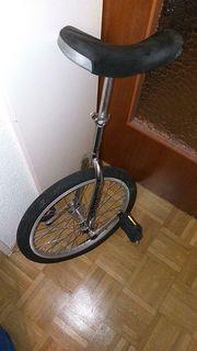 Einrad als Spielgerät oder Radsport