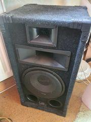 Magnat Party Lautsprecher mit Verstärker