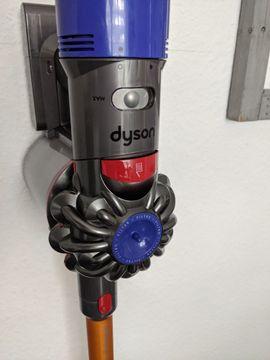 Dyson V8 Absolute wie Neu