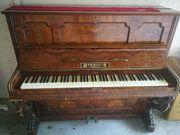 Klavier von F W Werner