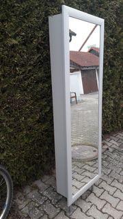 schöner gut erhaltener Spiegel-Schuh-Schrank grau