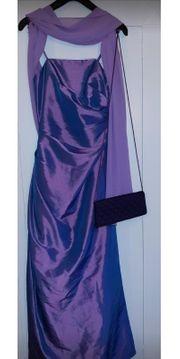 Satin-Abendkleid mit passender Stola -Fliederfarbend-