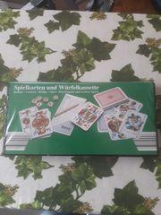 Spielkarten und Würfelspiel