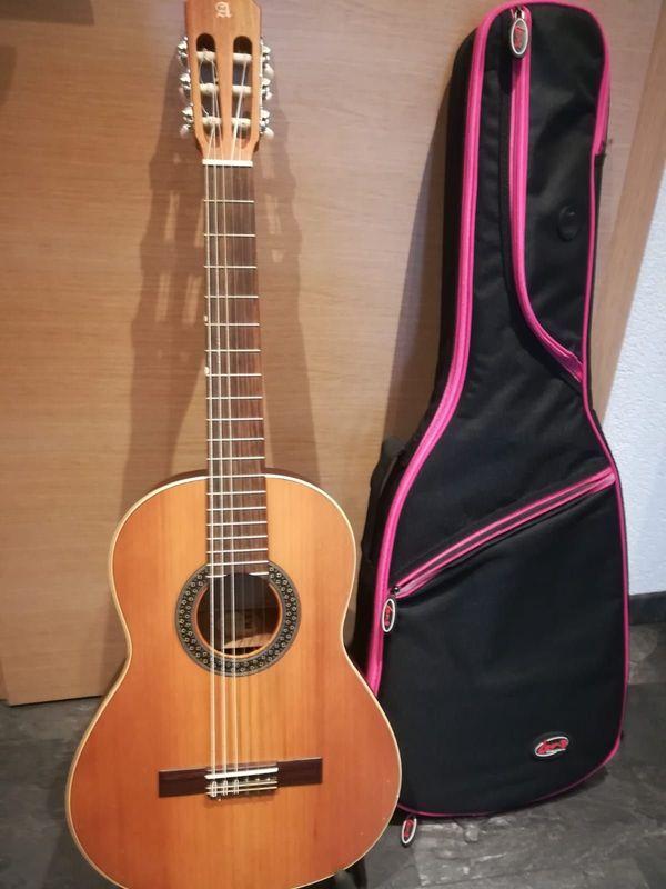 Alhambra Konzertgitarre Gitarre 1 OP