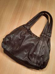 Neue Handtasche braun