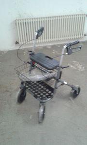 Neuer Rollator