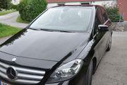 Mercedes B180 schwarz