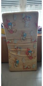 Matratze für Babybett