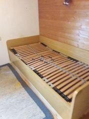 Bett inkl verstellbarem Lattenrost zu