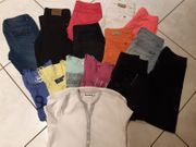 15 Teiliges Kleiderpaket grösse 140