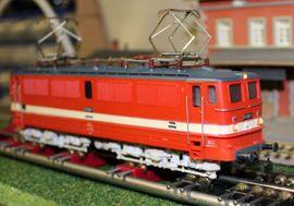 PIKO BR 211 035-1 Elektrolokomotive: Kleinanzeigen aus Reinfeld - Rubrik Modelleisenbahnen