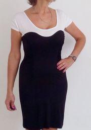 Kleid Gr 36 38 schwarz