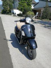 Vespa 125 L Roller Scooter
