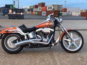 Harley-Davidson Deuce FXSTDI mit NEUE