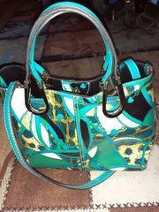 Handtasche grün - gelb - schwarz - mit