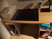 Schreibtisch auf Wunsch mit Rollcontainer