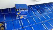 Farbfilme Polaroid