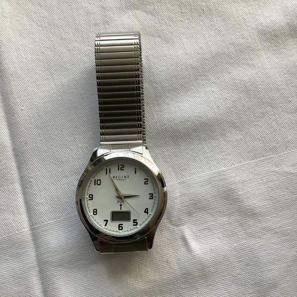 Armbanduhr von REGENT - NEU unbenutzt