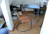 Schreibtisch Computertisch mit Schwingstuhl