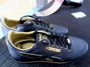 REEBOK LIMITED EDITION SNEAKER RB