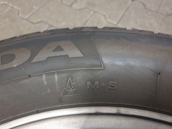 Mercedes Winterkompletträder 235 60 R17