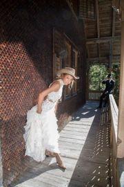 Brautkleid wie auf Wolke