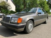 Mercedes-Benz 200E -W124 Youngtimer