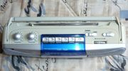 HERU Cassettenradio klein silberfarben zu