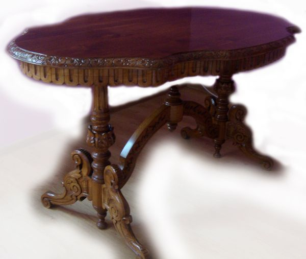 The HandMade OAK Table - SOLID