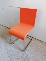 Freischwinger Vitra 05 in orange