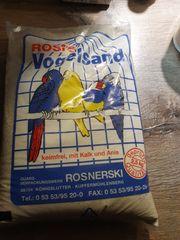 4 Päckchen Vogelsand zu verschenken