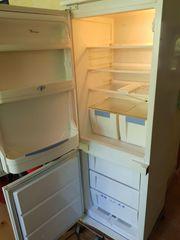 Kühlschrank mit integriertem Gefrierfach sehr