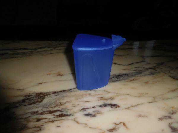 Tupperware Zucker- Milch- Salzdose Junge