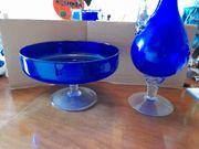 Dekorative Glasschale und passende Karaffe