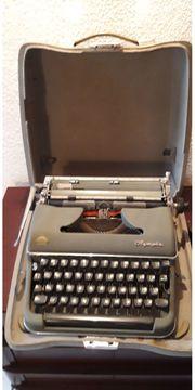 klassische mechanische Olympia Schreibmaschine