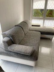 guterhaltene Couch