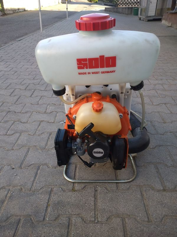 Solo Motorrückenspritze oder Laubbläser Profi