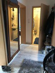 1 möbliertes Zimmer in einer