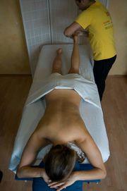 Erotisch prickelnde Massage für Damen