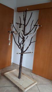 Papageien Baum auf Rollen