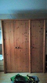 3-türiger Massivholzkleiderschrank Kiefer gelaugt geölt