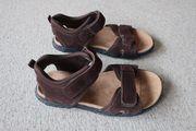 Verkaufe neuwertige ungetragene Sandale Leder
