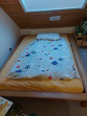 Erle Holz Doppelbett zu verkaufen