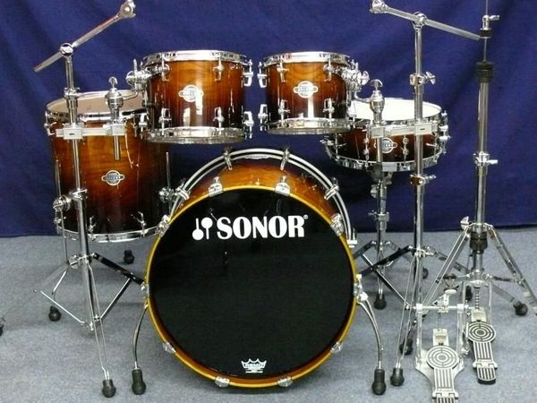 SONOR Ascent Drumset - 22 10