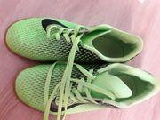 Nike Hallenschuhe Turnschuhe gr 38