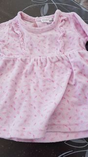 Baby- und Mädchen-Kleidung
